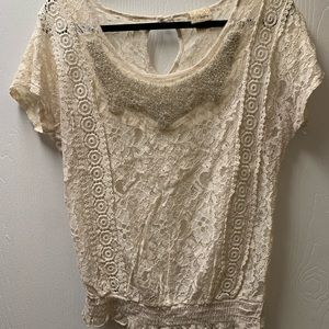 Daytrip lace short sleeve shirt w/beaded accents